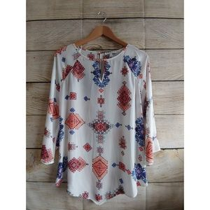 Chaus New York Flowy Blouse Small